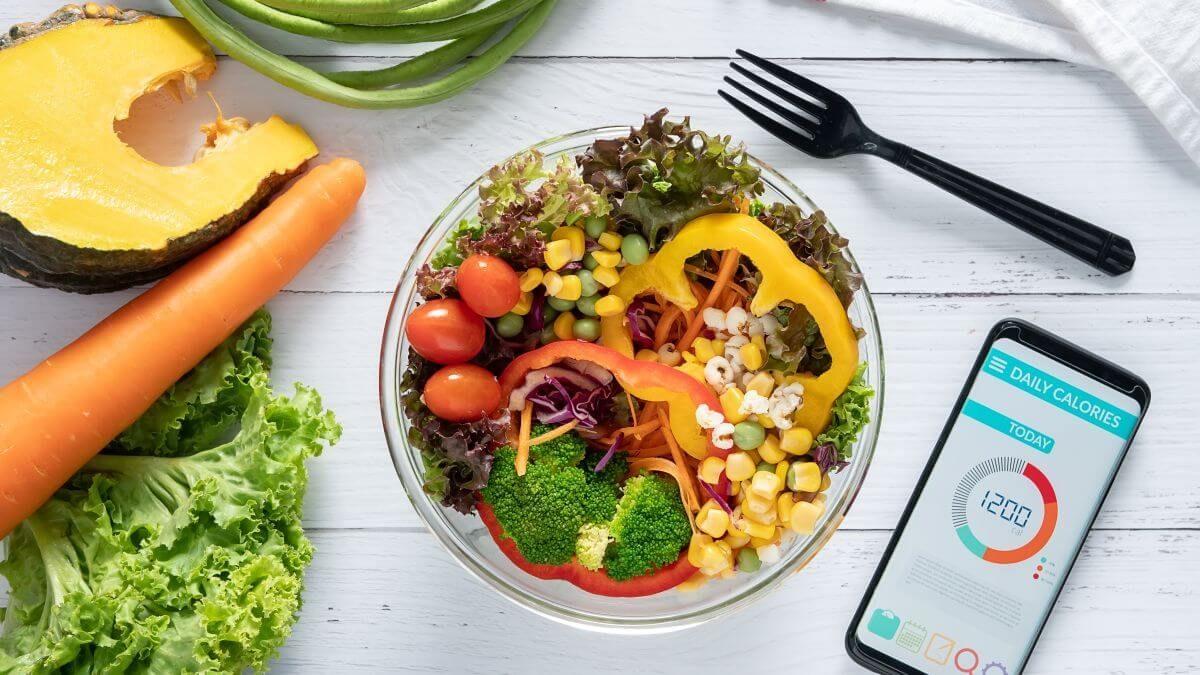 Kalorický deficit – jeho význam, pravidlá a postup, ako ho nastaviť pri chudnutí